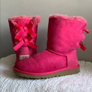 UGG Bailey Bow Hot Pink Fur boots size 6